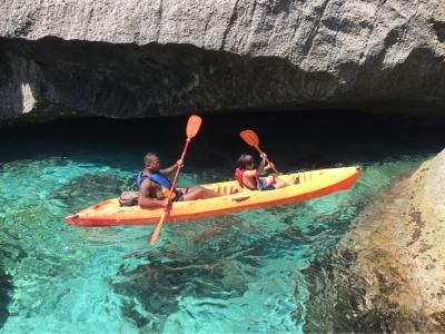 2小时在Almería租用双人皮划艇
