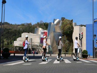 Tour in segway a Bilbao e lezione precedente 90 min