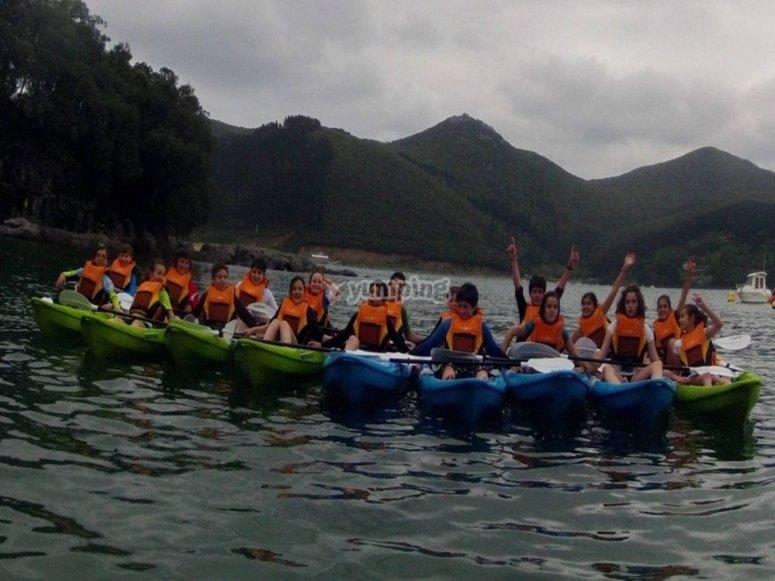 Hilera de kayaks