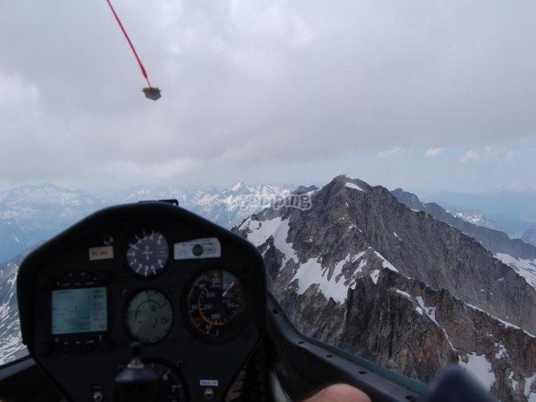 Volando sobre el Aneto