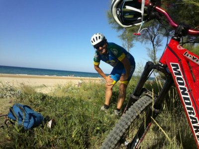 Rent a MTB in Playa de Ris for 2 hours