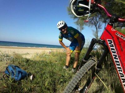Playa de Ris 山地自行车出租 2h