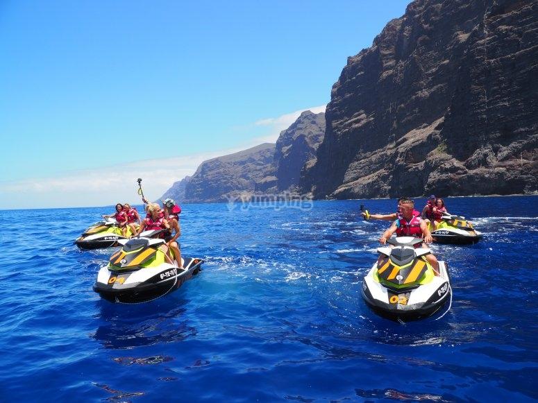 Excursión con motos de agua