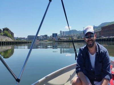 Clase de navegación y paseo barco por Bilbao, 3h