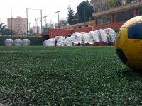 campo de futbol burbuja preparado