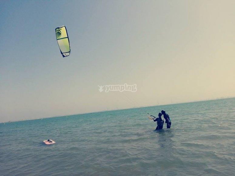 Sesion de kitesurf