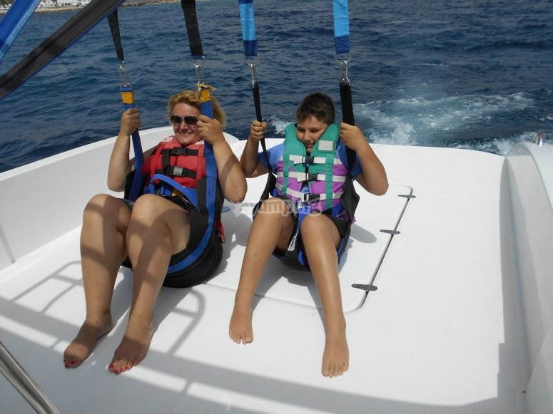 Starting the parasailing activity