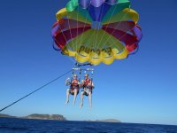 Es Canar伊维萨岛的帆伞运动12-15分钟,饮料