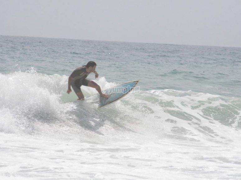 Surfeando en Mojácar