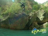 Zona para saltar al rio