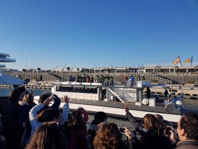 Paseo en catamarán con degustación Valencia 50 min