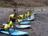 冲浪团体课程