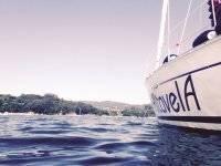 fondeo en el mar