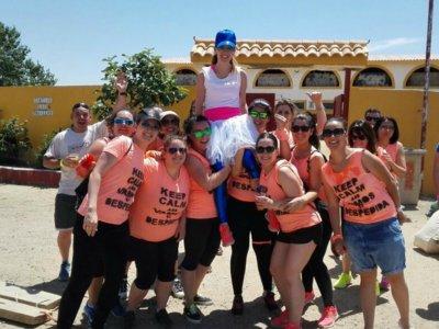 Actividades de Humor Amarillo + Fiesta en Piscina