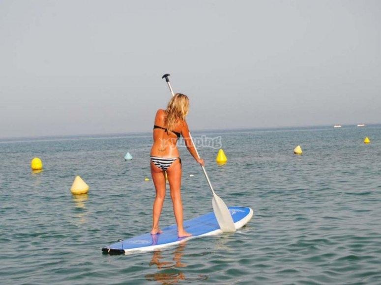 Aprendiendo a remar con Paddle Surf