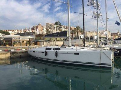 Ruta en velero a Tabarca con patrón 1 día