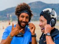 监测和监控学生的风筝冲浪风筝导致