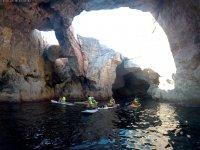 En la cueva con las tablas de SUP