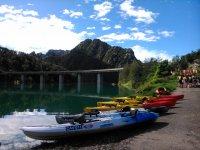 Kayaks listos para la ruta
