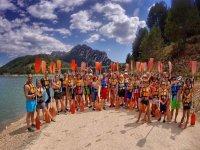 Grupo preparado para la ruta en kayak