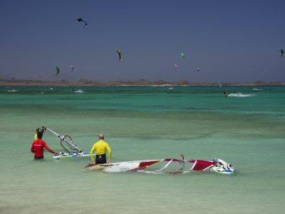 Clase de trasluchada en windsurf en Corralejo 2h