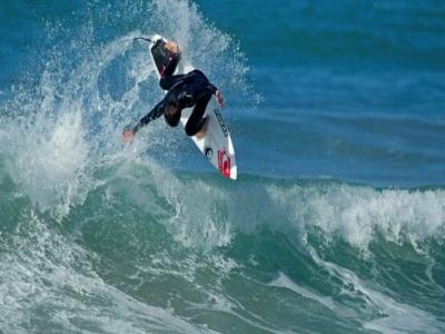 Clase de surf en Zarautz de 1h y 30 minutos