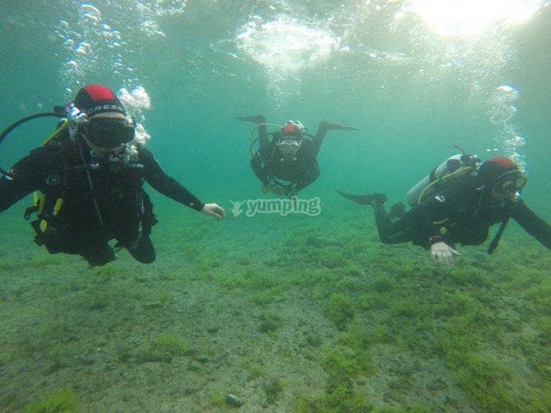 跳水在大加那利潜水课程PADI
