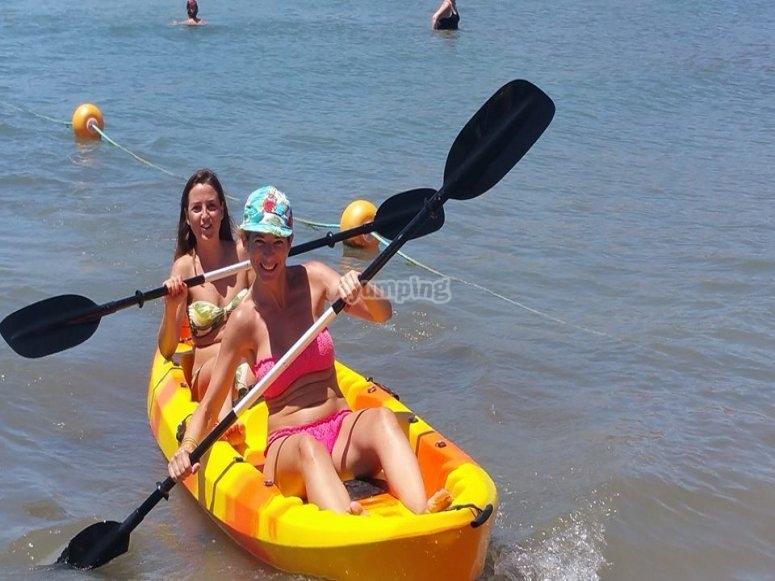 Kayaks en Playa de San Juan