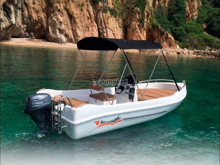 Barco sin necesidad de titulacion