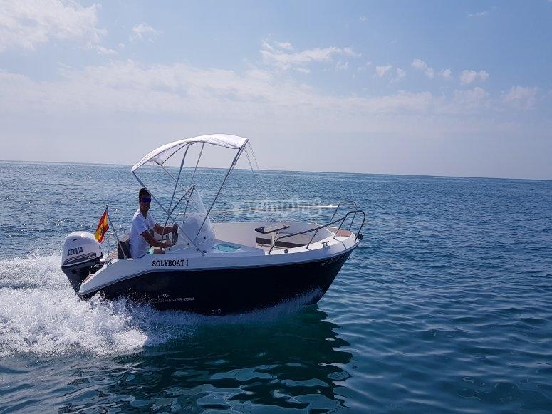 Barco sin licencia