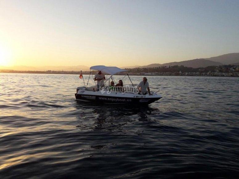 Barco con licencia de navegación