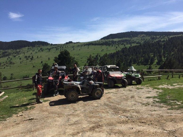 4x4 vehicles tour