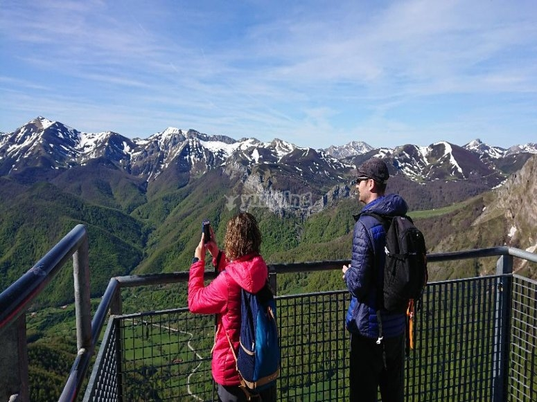 Tour de senderismo por los Picos de Europa