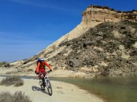 By mountain bike through the Bardenas