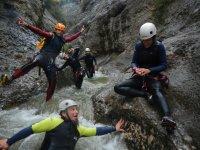峡谷探险队
