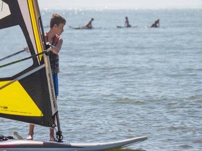Alquiler windsurf iniciación 1 hora en Isla Canela