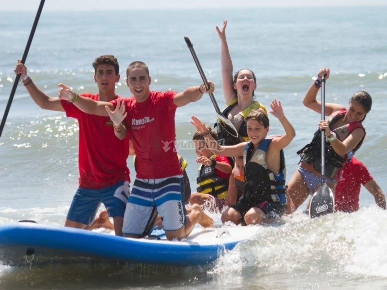 Familiares en la tabla Big Paddle Surf