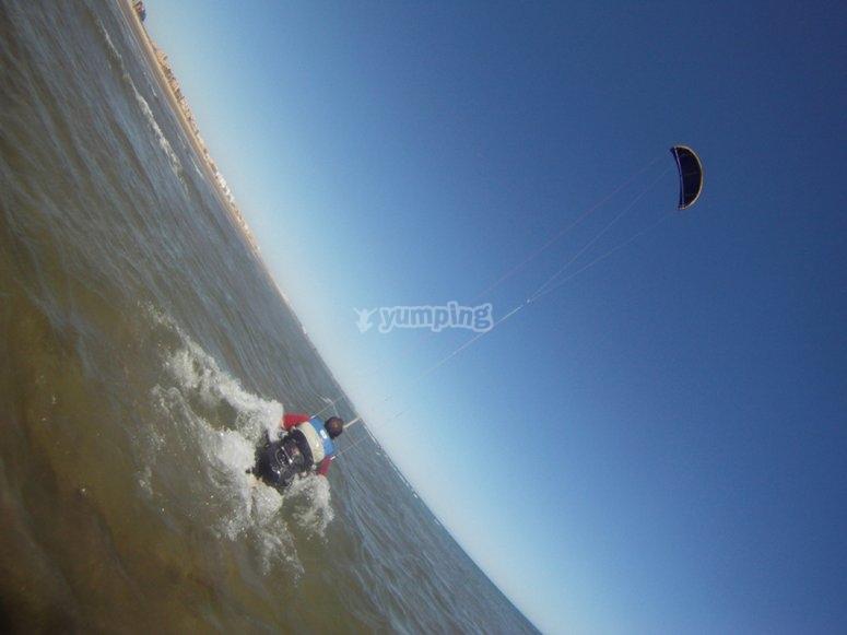 Curso de kitesurf en Ayamonte