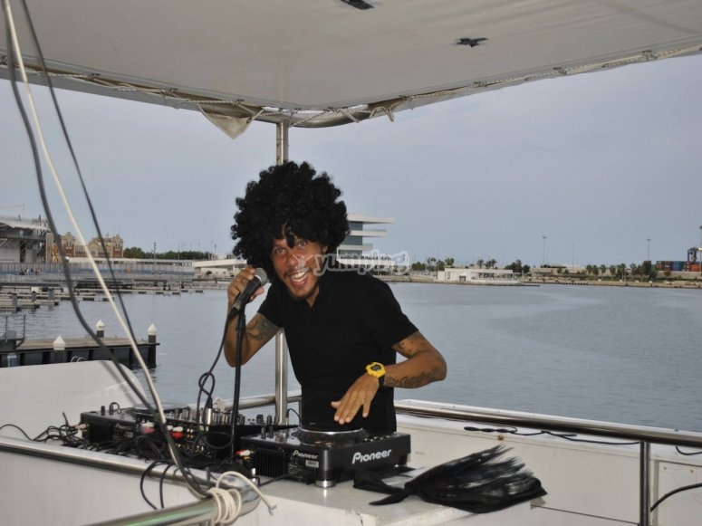 DJ a bordo