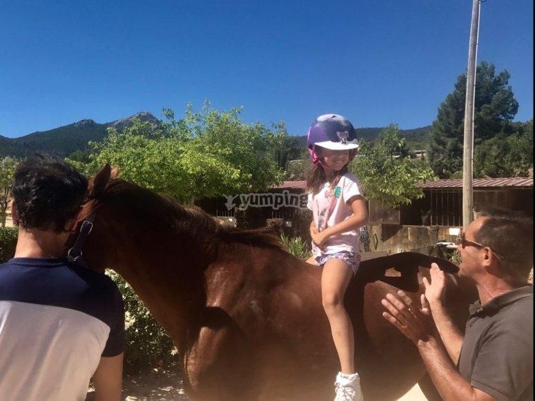 Equitazione senza sedia