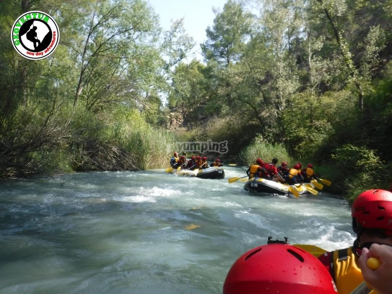 Rafting in the Guadalope river