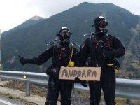 Buzos en direccion a Andorra