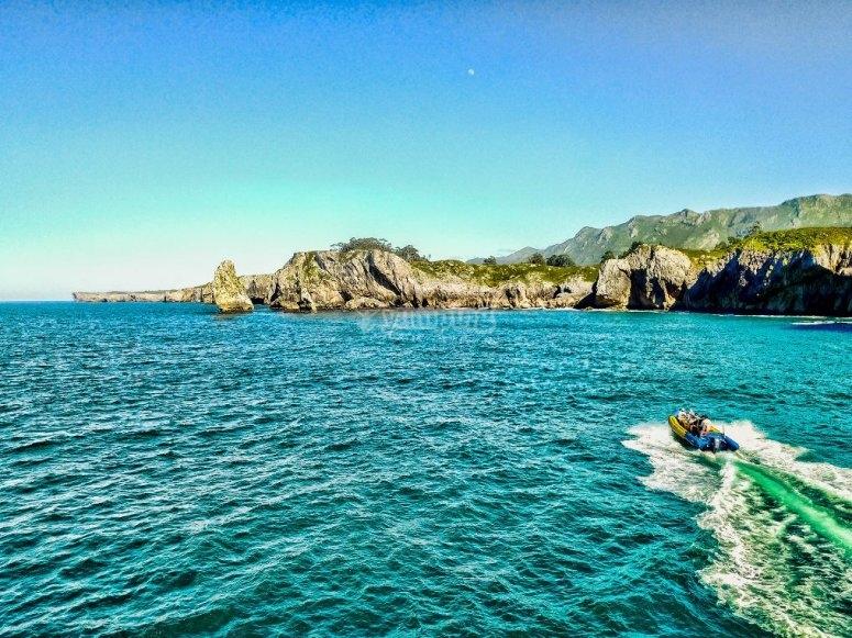 Navegando por el litoral asturiano