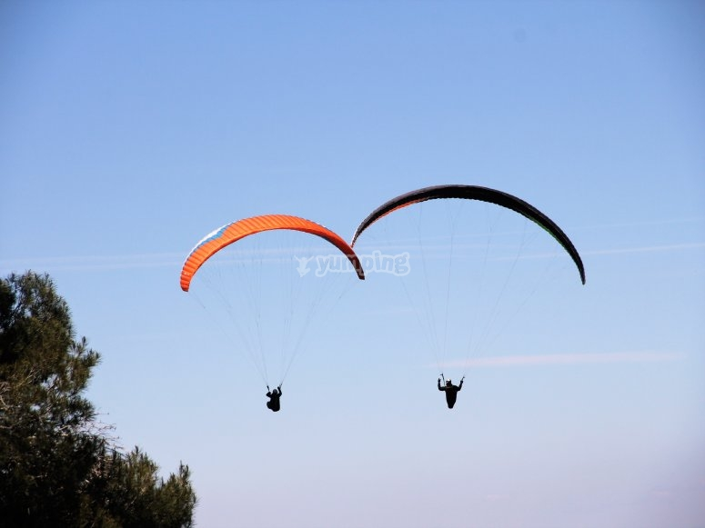 Paragliding session