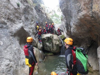 La Foradada开始的峡谷的下降