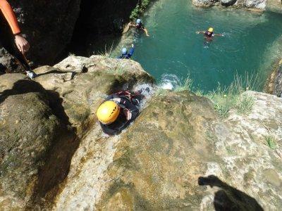 Canaleta的下降峡谷开始