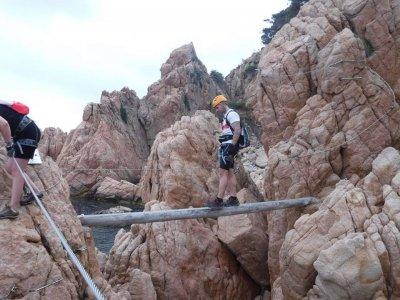 Via ferrata iniciación Les Gorges de Salenys 2-3h