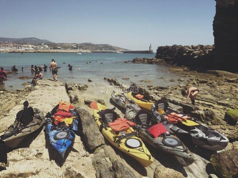 Kayaks encallados
