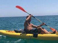 Sesion de navegacion a kayak