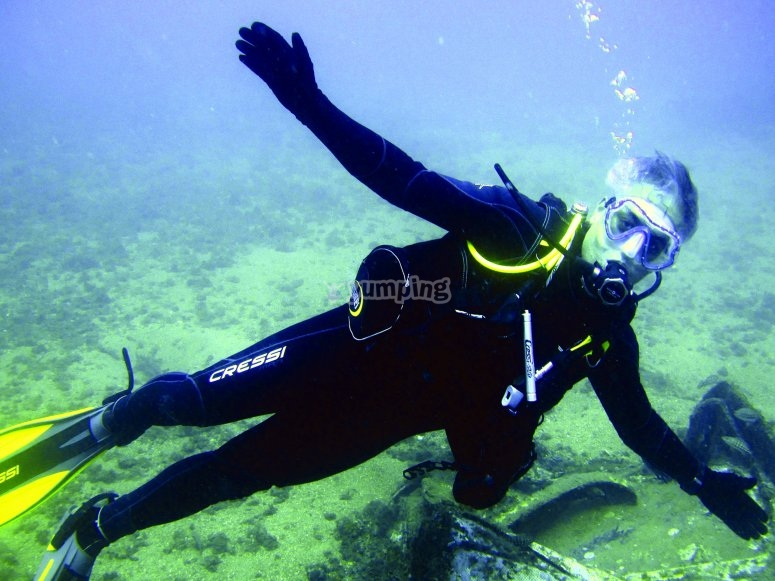 潜水在Almunecar